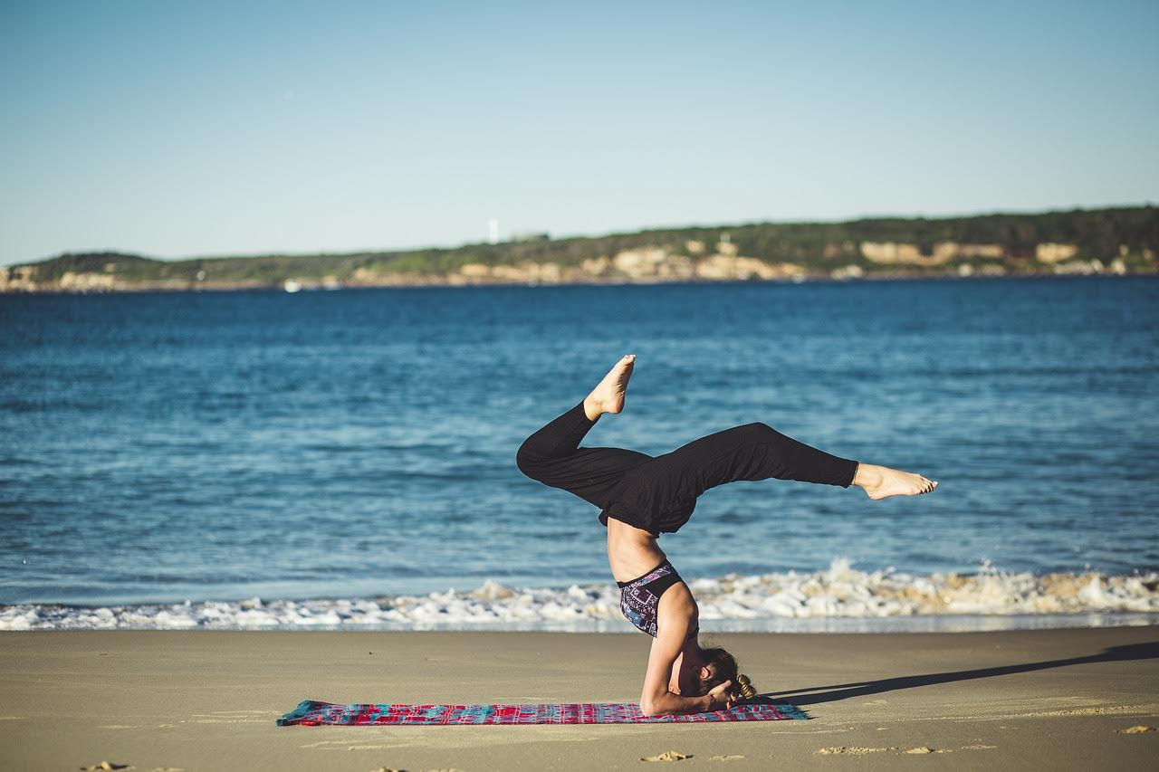 Why Surfers Should Do Yoga And Yogis Should Surf Guest Post Mind Over Messy
